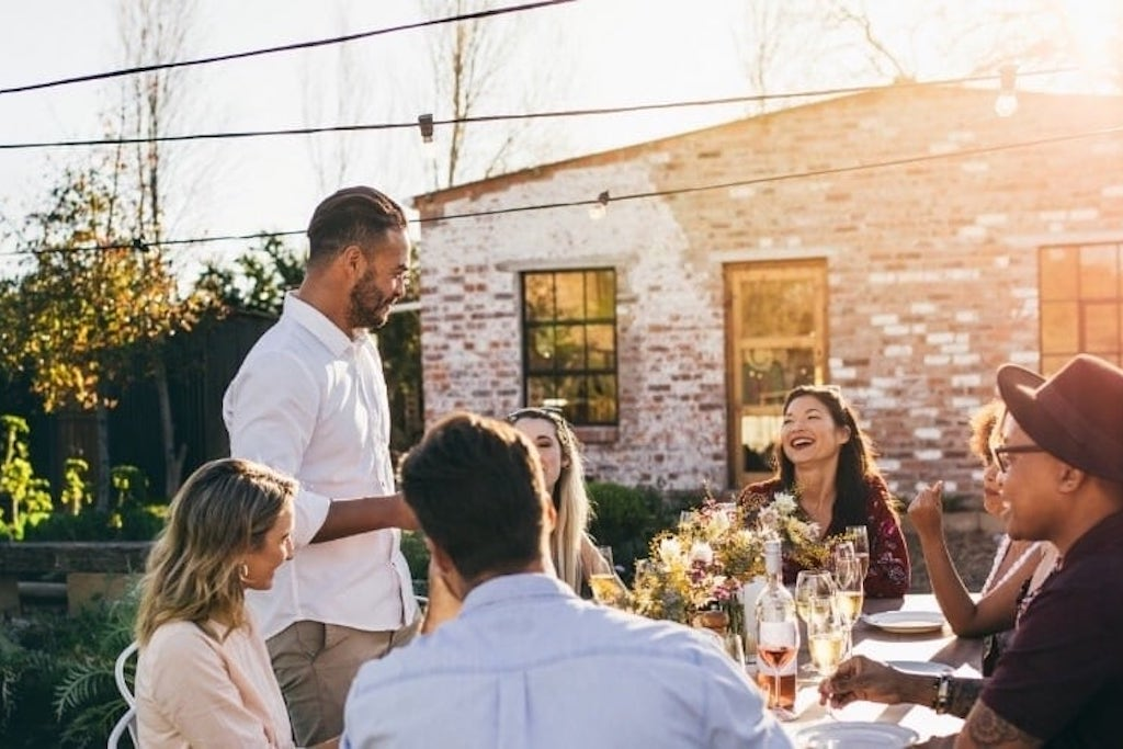 Quick Guide to Outdoor Entertaining